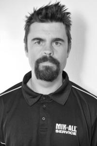 perake_svensson_arbetsledare_mark_tradgard