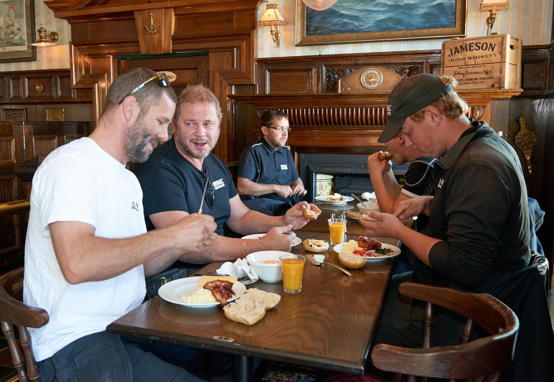 Vi bjöd vår personal på MIK ALL Service AB på frukost på Elite Plaza Hotel i Örnsköldsvik
